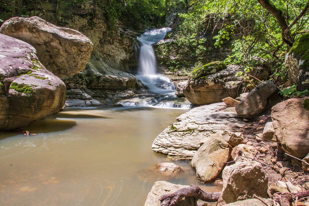 Broadwater Hollow Falls
