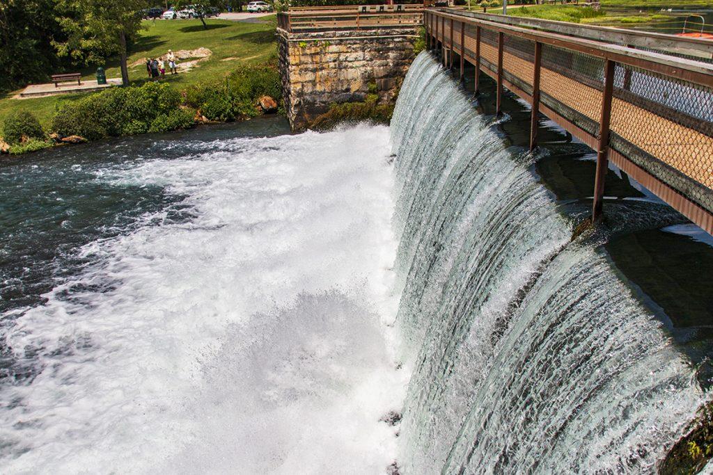 Mammoth Spring Dam Side View