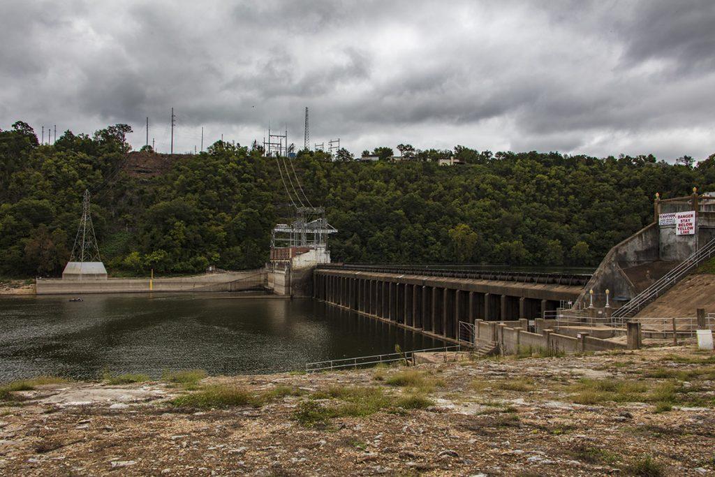 Powersite dam Bull Shoals Lake