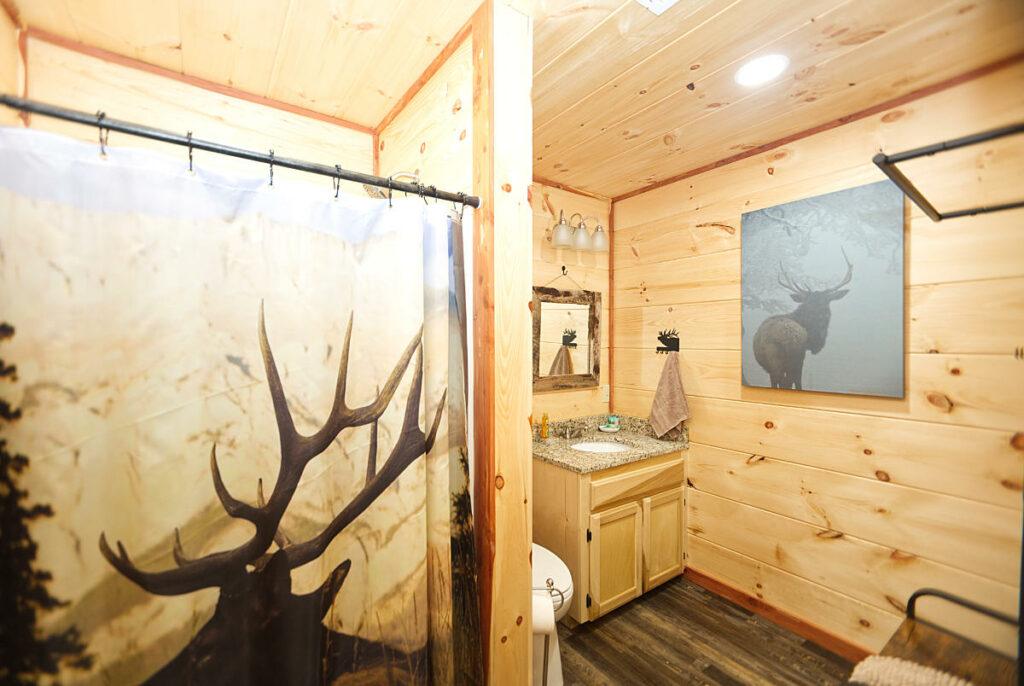 heavens door bathroom